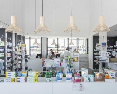 farmacia-cuidad-quesada-gondola